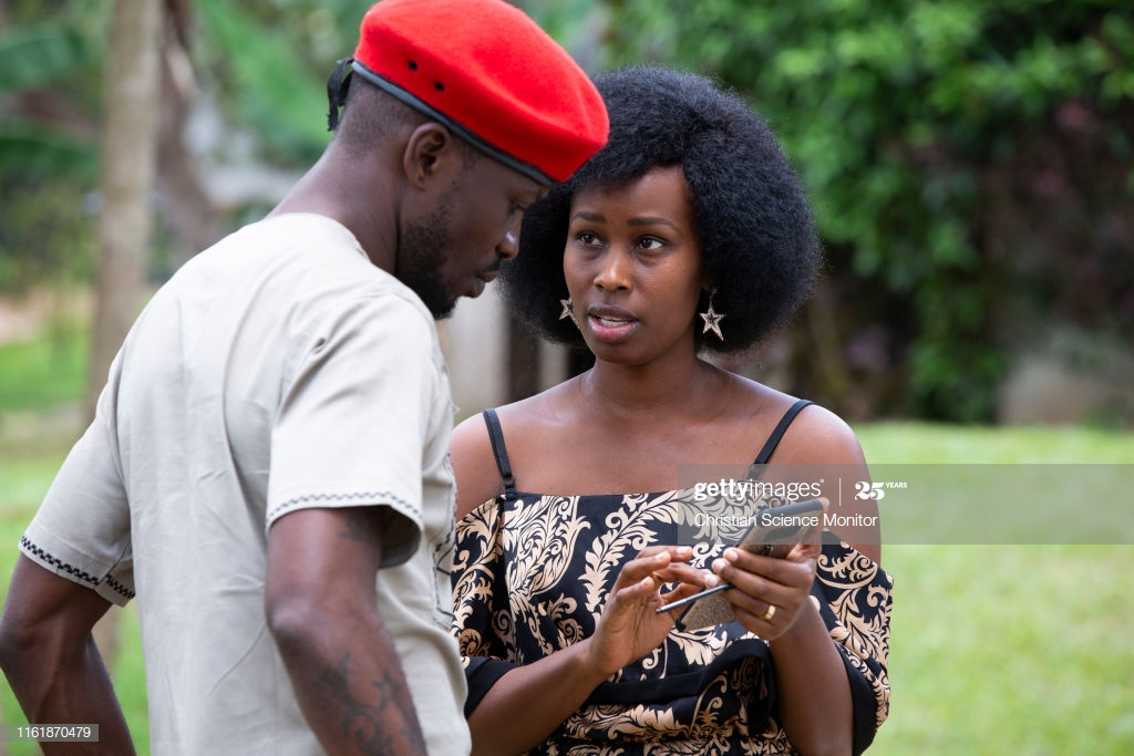 Robert Kyagulanyi Ssentamu chats with his wife Barbie